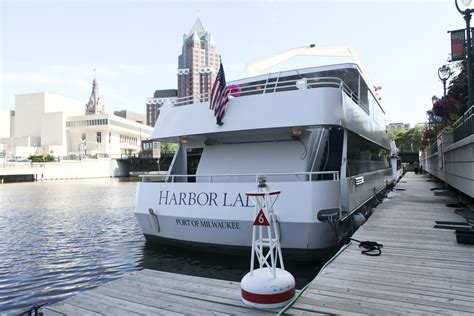 pontoon rental milwaukee the harbor lady edelweiss cruises milwaukee