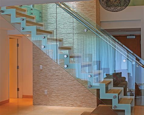 Banister Guards Out Of The Frame 6 Inspiring Frameless Solutions For Your