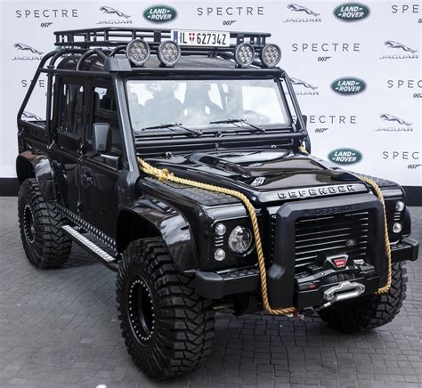 land rover spectre auto e cinema jaguar e land rover di 007 spectre