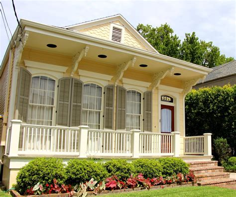 Houses For Sale In New Orleans by Awesome Homes For Sale New Orleans On Real Estate New