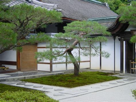 Landscaping For A Small Backyard by Japanese Minimalist Garden Minimalist Small Japanese