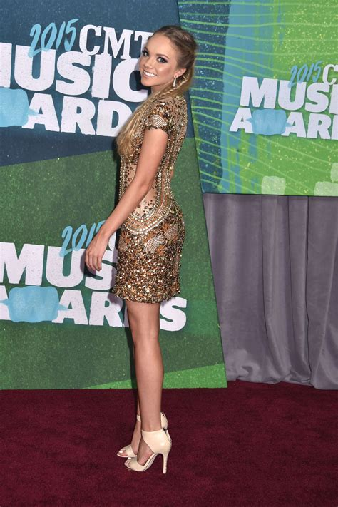 country music award wiki 41 pictures of country singer danielle bradbery peanut