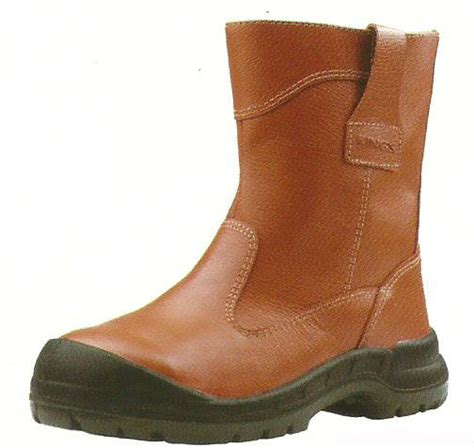 Sepatu Boot Safety Shoes Prialeatherblackc 081 sepatu safety safety shoes design bild