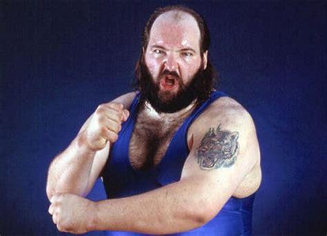earthquake wwe top 10 super heavyweights in wwe history part 1