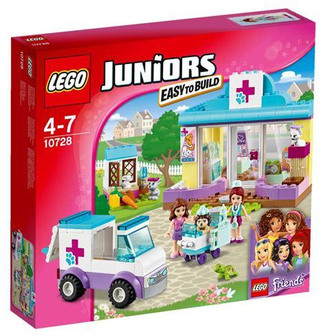 Lego Junior 10728 S Vet Clinic lego 10728 lego juniors mia s vet clinic toymania