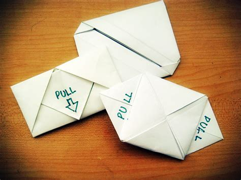 Folding Paper Notes - 3 different styles of letter folding 13 steps
