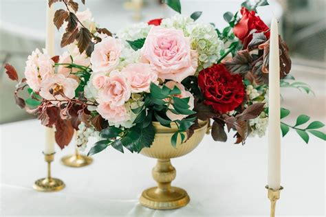 burgundy wedding table centerpieces gold urn centerpiece blush and burgundy wedding