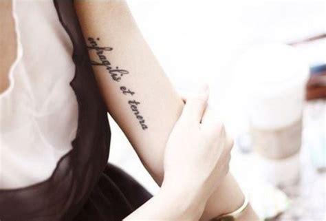 tatuaggi scritte braccio interno 9 migliori posti dove farsi un tatuaggio da donna trendy
