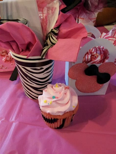 baby shower minnie mouse decorations minnie mouse baby shower decorations minnie mouse baby