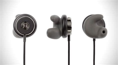 revols wireless earphones custom fit   ear