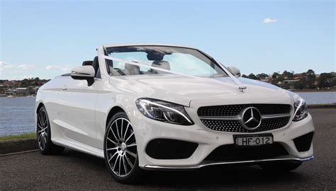 Wedding Car Hire by HF Wedding and Hire Cars   we do the