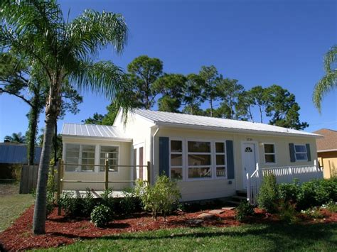 Florida Cabins For Sale by Naples Florida Properties For Sale 3725 Guilford Oaks