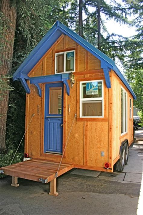 Amazingly Functional 136 Sq Ft Molecule Tiny Home On Wheels Molecule Tiny Houses