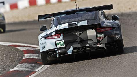 Car Wallpaper 3200x1800 by Porsche 911 Rsr 2016 Race Car Wallpaper 3200x1800