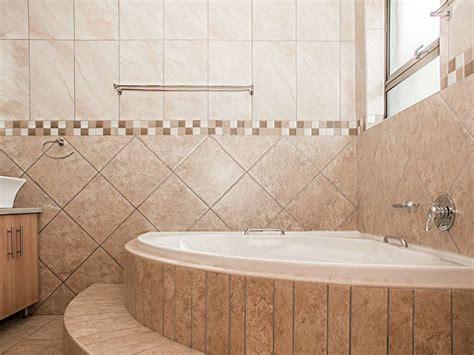 simple stunning bathroom corner tub ideas small modern corner bathtub designs singapore corner bathtub designs