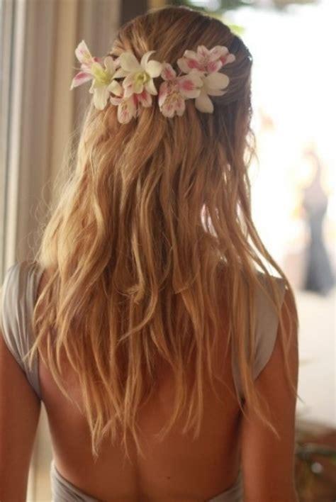 beachy hairstyles for medium hair beach wedding hairstyles beautiful hairstyles