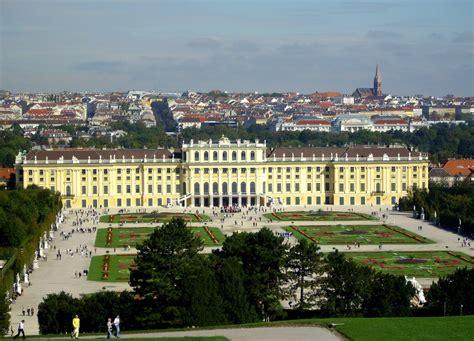 schã nbrunn wien vienna schonbrunn palace austria at travelhotelvideo