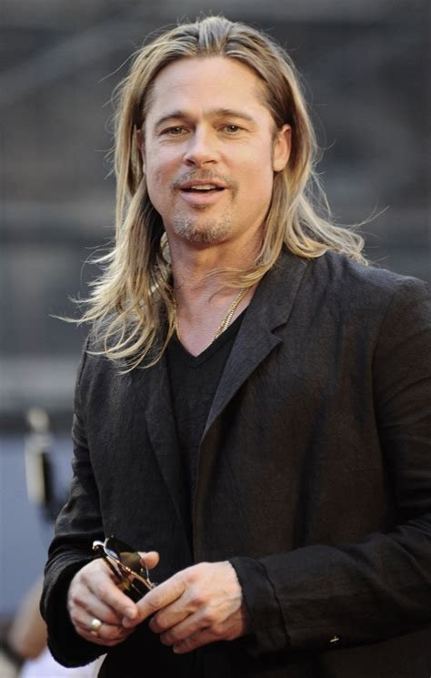 brad pitt world war z hair length famosos caracterizados de viejos