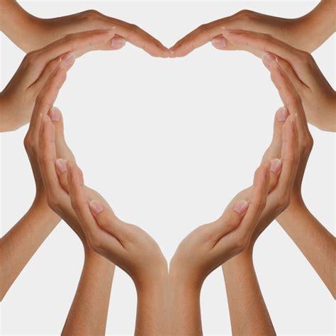 imagenes de corazones hechos con las manos manos con coraz 243 n bienvenid s a manos con coraz 243 n