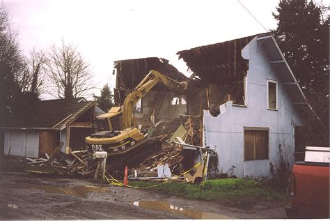 demolishing a house photo furnace st house demolition