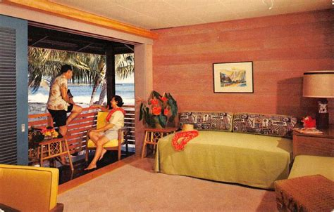 kailua kona hawaii waiaka lodge room interior vintage