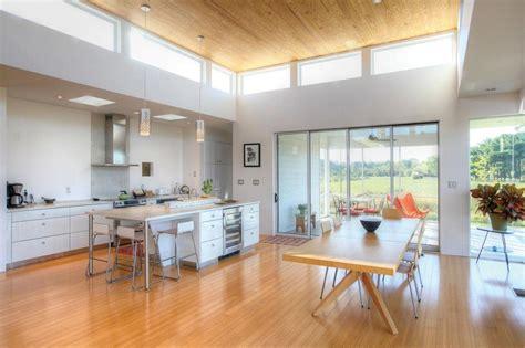 love  clerestory windows contemporary house plans