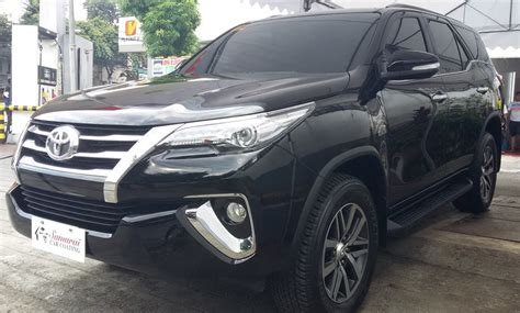 Fortuner Black glass carcoating toyota fortuner 2016 black samurai