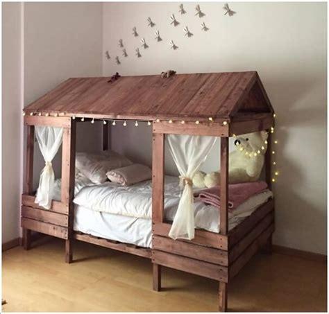 Dollhouse Bedroom Furniture 5 cool diy pallet furniture ideas for your kids room