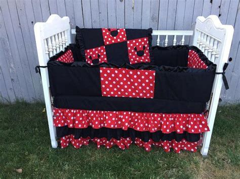 minnie mouse baby crib 25 best ideas about minnie mouse crib set on