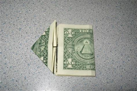 Dollar Origami Step By Step - origami money frog slideshow