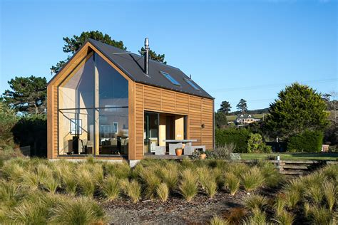 Small Homes New Zealand Taieri Bach And Wales Small House Bliss