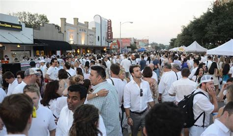 White Linen Night in the Heights 2015   365 Houston