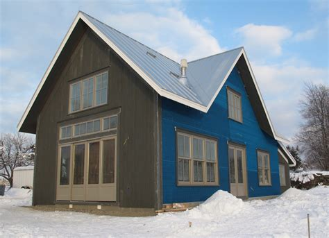 Vertical Shiplap Siding by Project Spotlight Lincoln Vt Shows Solitex Um 475