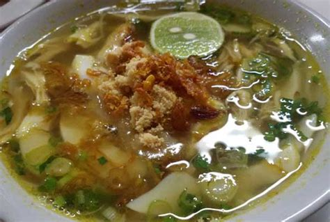 membuat soto ayam yang lezat cara membuat soto ayam yang gurih dan lezat resepkoki co