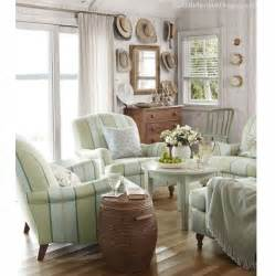 Cottage Livingroom Conversation Area Good Ideas For Small Spaces