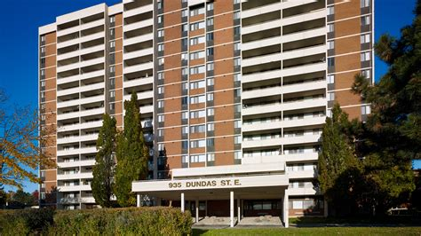 3 bedroom apartment mississauga mississauga rental guide apartments and houses for rent