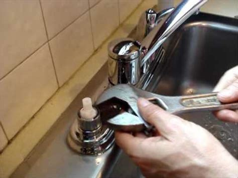 removing cartridge from moen bathroom faucet replace a moen kitchen faucet cartridge youtube