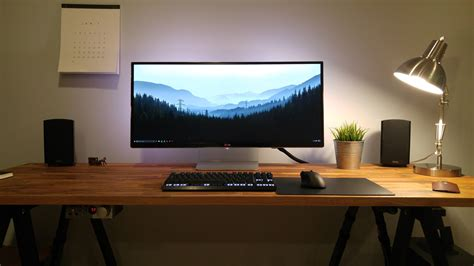 desk gaming setup amazing laptop desk setup with 1000 ideas about desk setup