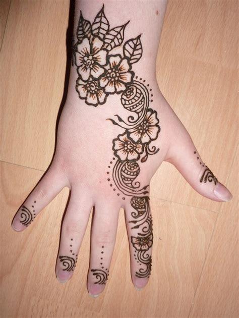 henna tattoo designs for child best 25 mehndi design ideas on mehndi