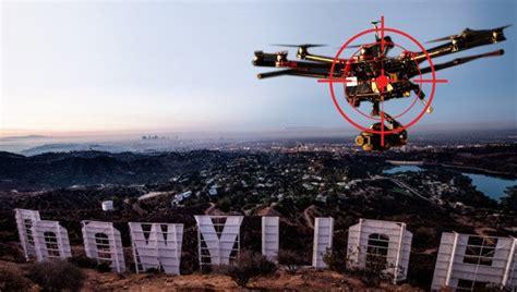 Drone Lung truy l 249 ng ch盻ァ chi蘯ソc drone g 226 y m蘯 t 苟i盻 t蘯 i