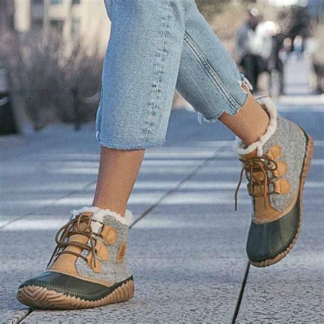 sorel     felt boots  women