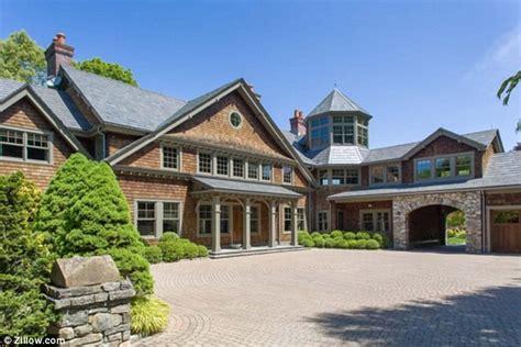 buying a house in ny state bruce willis buys 9million lavish suburban new york