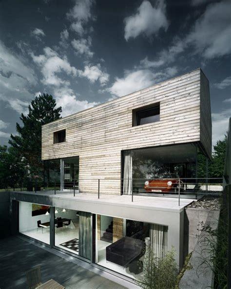 Unique house with t shape building t bone house home building