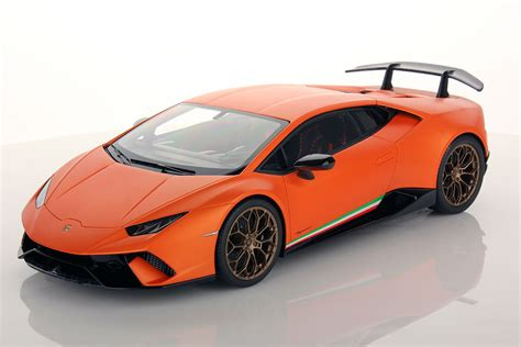 lamborghini models lamborghini huracan performante 1 18 mr collection models