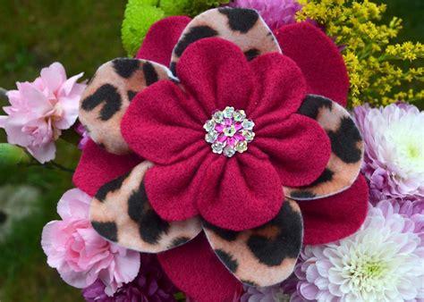 pattern for making felt flowers felt flower corsage by suyeates sewing pattern