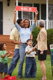 home buyer buying a home 5 tips to help you with your purchase