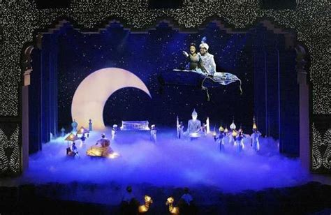 Magic carpet malfunctions at Disney?s Aladdin show in