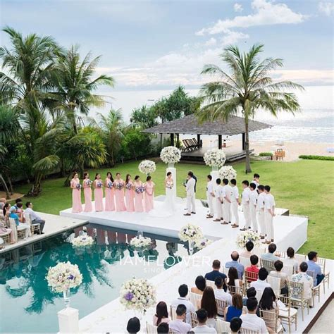 Backyard Pool Wedding Ideas 25 Best Ideas About Pool Wedding Decorations On Pinterest Pool Wedding Floating Pool