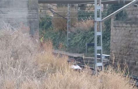 tras las vias fallece una persona tras caer a las v 237 as del tren en alfaro la rioja