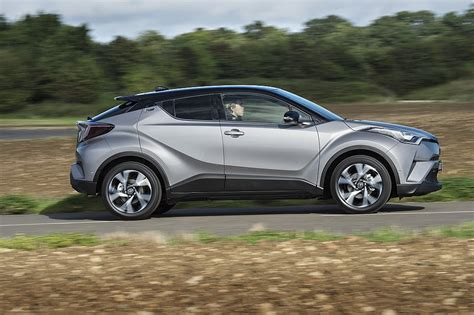 Toyota Photos Toyota Chr Hybrid 2017 Photos And Images Compact